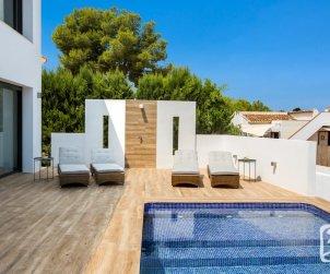 Belle villa   à Benissa pour 8 personnes avec piscine privée et climatisation p1