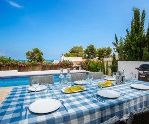 Belle villa   à Benissa pour 8 personnes avec piscine privée et climatisation p2