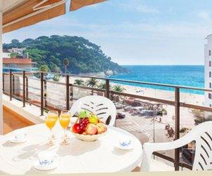 Appartement   à Lloret del Mar pour 6 personnes avec piscine commune p0