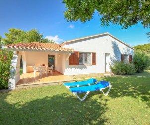 Villa   à Cambrils pour 6 personnes avec piscine commune p0