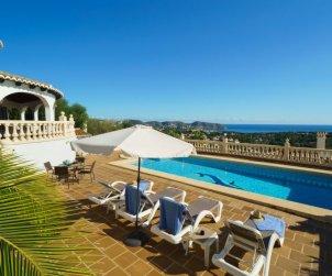 Villa   à Moraira pour 9 personnes avec piscine privée p1