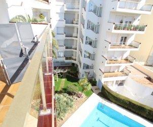 Appartement   à L'Escala pour 6 personnes avec piscine commune et vue mer p1