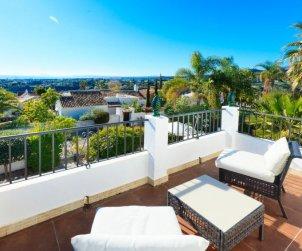 Villa   à Estepona pour 6 personnes avec piscine privée p2