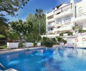 Appartement   à Torremolinos pour 8 personnes avec piscine commune p0