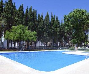 Appartement   à Torremolinos pour 6 personnes avec piscine commune p1