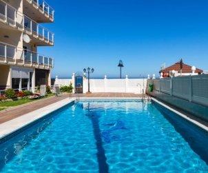 Appartement   à Torremolinos pour 4 personnes avec piscine commune p0