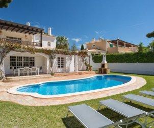 Villa   à Vilamoura pour 8 personnes avec piscine privée p1
