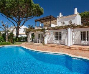 Villa   à Vilamoura pour 8 personnes avec piscine privée p2