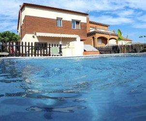 Villa   à El Vendrell pour 9 personnes avec piscine privée p1