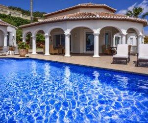 Villa   à Denia pour 8 personnes avec piscine privée p0