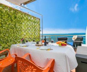 Appartement   à Rosas pour 3 personnes avec belle vue mer p1