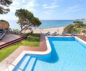 Villa   à Platja d'Aro pour 6 personnes avec piscine privée p0