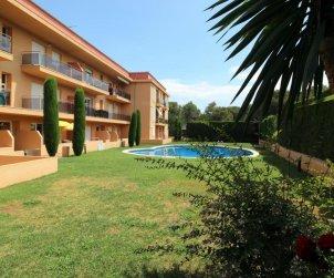 Appartement   à l'Escala pour 6 personnes avec piscine commune et parking privée p2