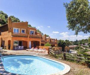 Appartement   à Begur pour 6 personnes avec piscine privée p0