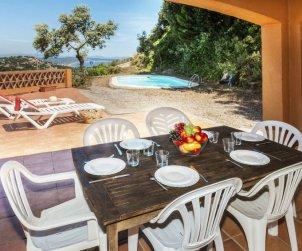 Appartement   à Begur pour 6 personnes avec piscine privée p1
