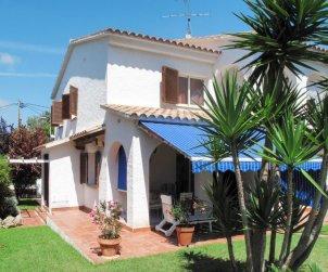 Appartement   à Roda de Barà pour 6 personnes avec piscine privée p1