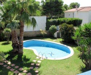 Appartement   à Roda de Barà pour 6 personnes avec piscine privée p2