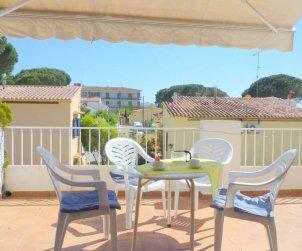 Appartement   à l'Escala pour 6 personnes avec piscine commune, parking et proche mer p1