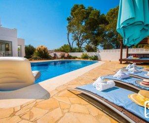 Villa   à Calpe pour 10 personnes avec piscine privée, vue mer et climatisation  p1
