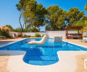 Villa   à Calpe pour 10 personnes avec piscine privée, vue mer et climatisation  p2