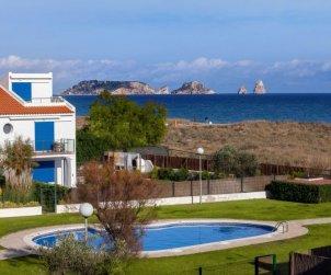 Appartement   à Torroella de Montgri pour 6 personnes avec piscine commune p0