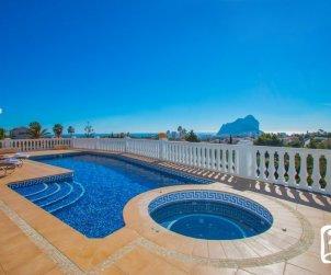 Villa   à Calpe pour 6 personnes avec piscine privée, vue mer et climatisation p1