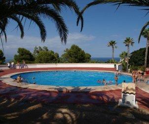 Maison   à Santa Pola pour 6 personnes avec piscine commune, climatisation et internet p1
