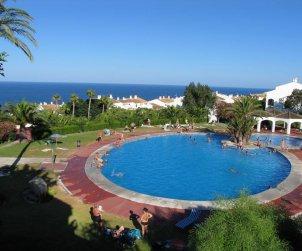 Maison   à Santa Pola pour 6 personnes avec piscine commune, climatisation et internet p0