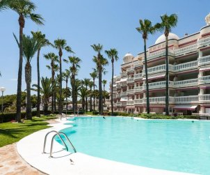 Appartement   à Alcoceber pour 6 personnes avec piscine commune, vue mer et climatisation p1