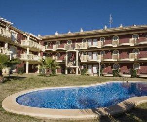 Appartement   à Alcoceber pour 6 personnes avec piscine commune, climatisation et parking p0