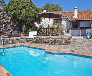 Villa   à Granadilla pour 4 personnes avec piscine privée p0