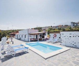 Villa   à Icod de los Vinos pour 4 personnes avec piscine privée p0