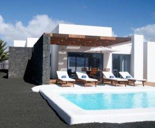 Villa   à Playa Blanca pour 4 personnes avec piscine privée p1