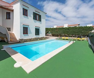 Appartement   à Arenal d'en Castell pour 4 personnes avec piscine commune p1