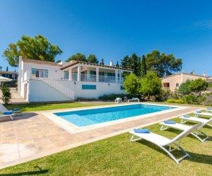 Villa   à Cala Blava pour 8 personnes avec piscine privée p0