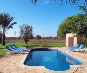 Villa   à ses Salines pour 6 personnes avec piscine privée p2