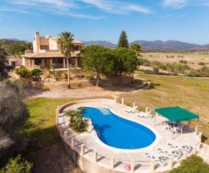 Villa   à Sant Llorenç pour 8 personnes avec piscine privée p0