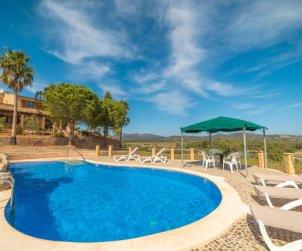 Villa   à Sant Llorenç pour 8 personnes avec piscine privée p1