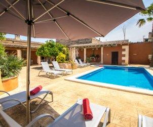 Villa   à María de la Salut pour 10 personnes avec piscine privée p0