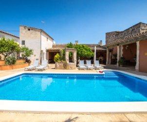 Villa   à María de la Salut pour 10 personnes avec piscine privée p1