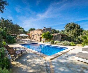 Villa   à Costitx pour 5 personnes avec piscine privée p1