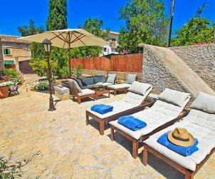 Villa   à Campanet pour 6 personnes avec piscine privée p1