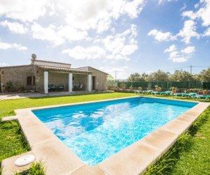 Villa   à Pollença pour 6 personnes avec piscine privée p1
