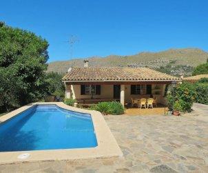 Villa   à Pollença pour 8 personnes avec piscine privée p0
