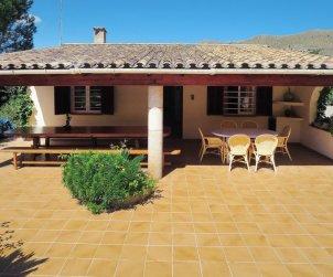 Villa   à Pollença pour 8 personnes avec piscine privée p1