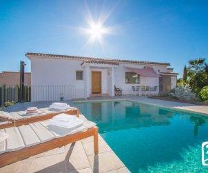 Villa   à Calpe pour 4 personnes avec piscine privée, climatisation et salle de jeux p1