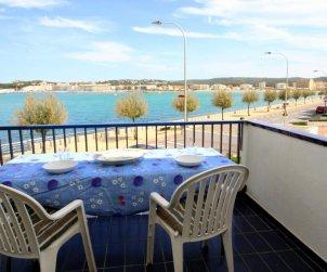 Appartement   à l'Escala pour 6 personnes avec piscine commune, vue mer et parking p0