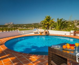 Villa   à Moraira pour 8 personnes de style ibiza avec piscine privée et climatisation p1