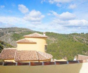 Villa   à Denia pour 6 personnes avec piscine privée p1
