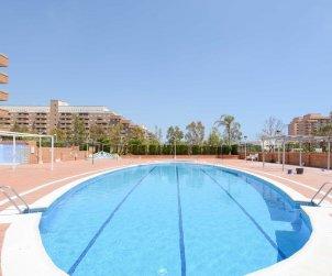 Appartement   à Oropesa del Mar pour 4 personnes avec piscine commune, climatisation et parking p1